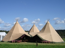 all_inclusive_tipi_tent
